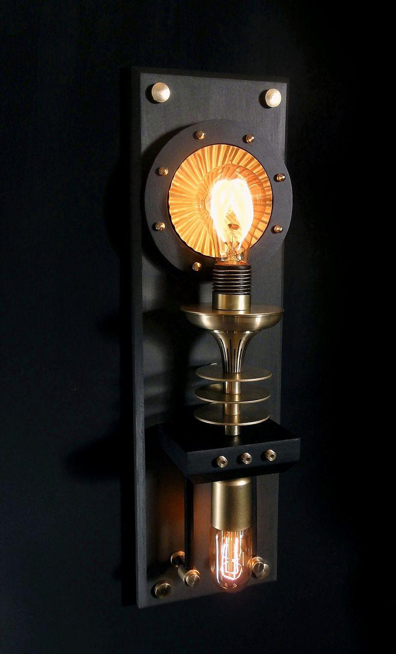 Outside Wall Lamp- Side Shot
