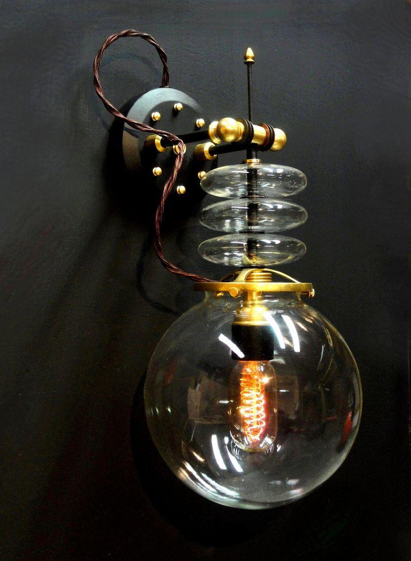 Tesla Wall Lamp
